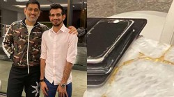 Dhoni Picture With Chahal Goes Viral Because Of His Broken Screen