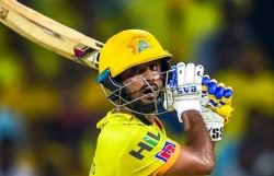Ipl 2021 Dhoni Should Go With Robin Uththappa Instead Of Using Rayudu In Csk