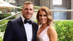 Aaron Finch S Wife Faces Online Threats After His Poor Performance