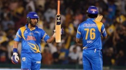 Road Safety T20 Series Yuvraj Singh Turns Back The Old Time With Monstrous Hits