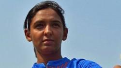 India Women S T20 Captain Harmanpreet Kaur Tests Positive For Covid