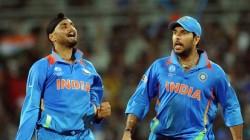Sehwag Yuvraj Singh Harbhajan Singh Reaction On 10th Anniversary Of India S 2011 World Cup Win