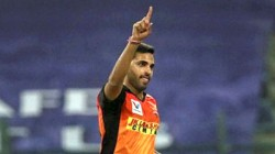 Bhuvneshwar Kumar Gives Srh A Massive Injury Scare