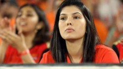 Ipl 2021 Srh Owner Kaavya Maran Gives A Priceless Reaction After Players Loses Wicket Against Rcb