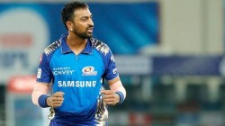 Ipl 2021 Krunal Pandya Behavior With His Teammate During A Strategic Time Out Goes Viral