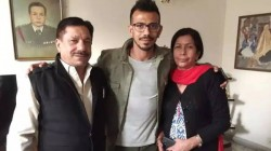 Yuzvendra Chahal S Parents Tested Corona Positive Father Hospitalized With Severe Symptoms