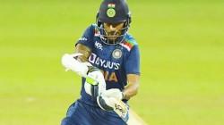 Ind Vs Sl T20 Suryakumar Yadhav Shikar Dhawan Helps India To Set A 165 Target Against Srilanka