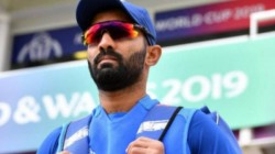 Fans Were Upset After Dinesh Karthik Set To Leave Commentary Panel For Ipl Second Leg
